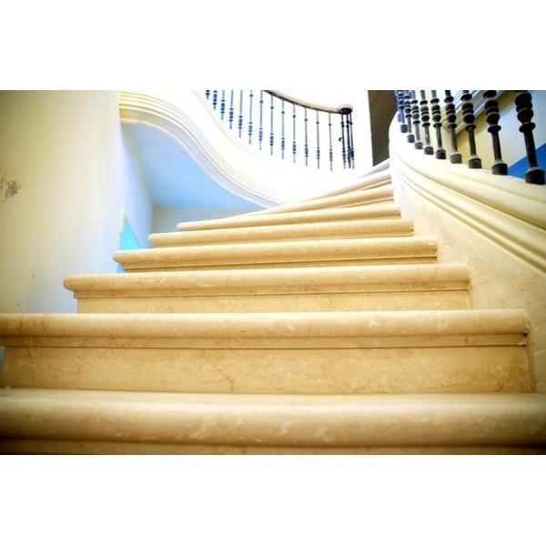 Σκάλες από Μάρμαρο και Γρανίτη
