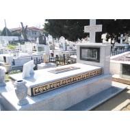 Τάφοι-Μνημεία από Μάρμαρο και Γρανίτη